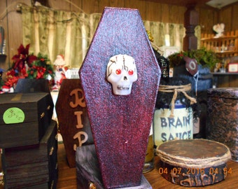 Homemade Miniature Coffin w/Skeleton (REDUCED)