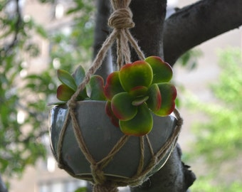 Simple Hand-Knotted Hanging Planters (2 sizes)