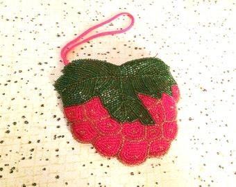 Vintage purse, retro coin purse, berry coin purse, fruit purse, coin pouch, beaded coin purse, vintage berry purse, vintage red coin purse