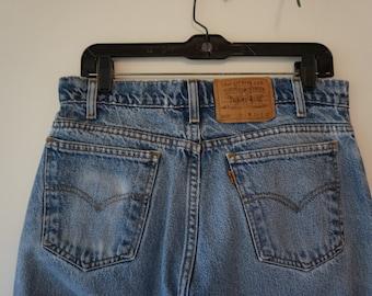 Women's 1980's Vintage High Waisted Orange Tag Levis 505 Waist 33 Length 32