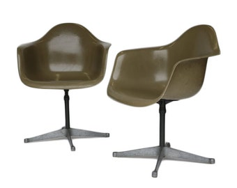Pair of Charles Eames for Herman Miller Bucket Swivel Chair