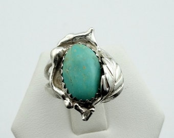Vintage Sterling Silver Turquoise Leaf Design Ring. Southwest Native American Collectable
