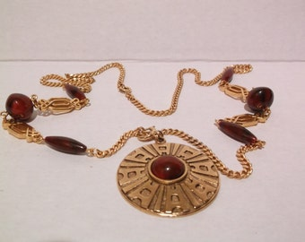 Sarah Coventry Beads & Goldtone Chain Necklace Pendant
