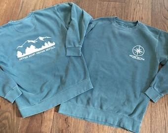 Blue Spruce Comfort Colors Mountain Crewneck Seeatshirt - Never Settle Apparel