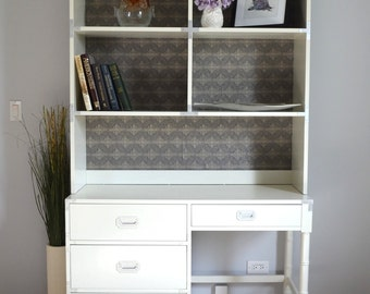 Vintage Mid-Century Modern White Desk with Hutch/Bookcase & Drawers