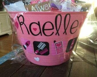 Adorable easter buckets...lots of designs!