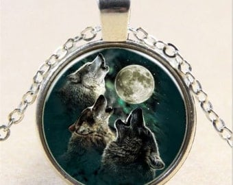 Howling Wolves Glass Cabochon