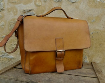 Vintage French leather bag/handbag/satchel/telegraph/brown leather bag/computer bag/university tote/messenger/work wear/tool satcher