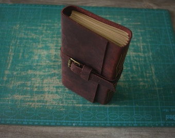 Vintage Leather Journal, Personalized Sketchbook Notebook Covers, Leather Diary, 3 color thread - Hand Punched and Sticthed - Rustic Wine