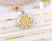 316L Surgical Stainless Steel Blooming Flower Round Essential Oil Diffuser Necklace Locket Perfume Young Living Aromatherapy 105213 (101351)
