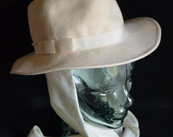 Vintage White Lancaster Women's Felt Hat with Scarf