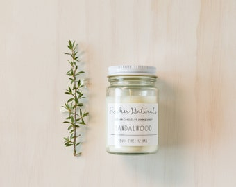 Hand made soy candle wedding favour gift in clear Jar. Completely custom sticker. Bonbonniere.