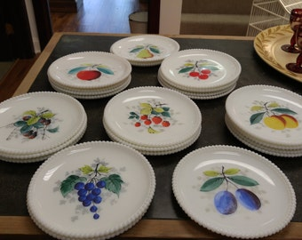 Vintage Westmoreland Milk Glass Fruit Pattern Salad/Luncheon Plates--7.5""