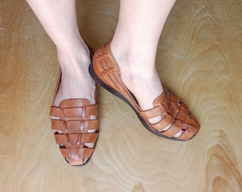 Vtg Light Brown Leather Woven Sandals Huarache Flats Size 5