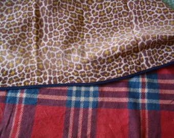 former Plaid, blanket double face wool, tartan-leopard, picnic mat game, Vintage, 1950 french