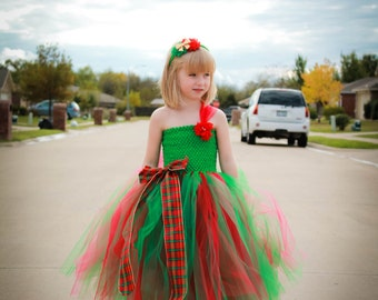Sale! Ready to ship Christmas tutu dress size 4t-5t. Red and Green Christmas dress. Christmas pageant dress. Christmas flower girl dress.