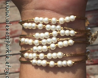 Small Pearls Bracelet Set with gold plated charms - Pulseras Semanario de perlas chicas dijes de chapa de oro