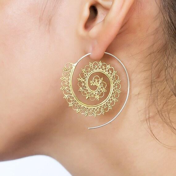 Brass spiral earrings. tribal earring. spiral earring. ethnic earring. brass earrings. indian earrings. tribal spiral earring. hoop earrings