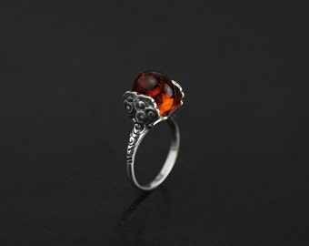 Vintage Clouds Rotatable Ring Sterling Silver Carving Clouds Rotating Natural Amber Bead Ring Elaborate Handmade Women Jewelry