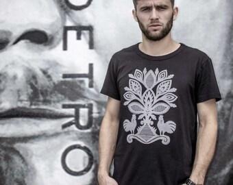 """Black """"Kurpie"""" Inspired Polish Folk T-shirt"""
