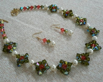 Olivine Crystals and Pearls Necklace Set