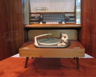 Mid Century Modern Telefunken Kaiser Stereo Cabinet, Turntable, Retro Stereo Console, Mid Century Modern Stereo, AM/FM Radio and Turntable