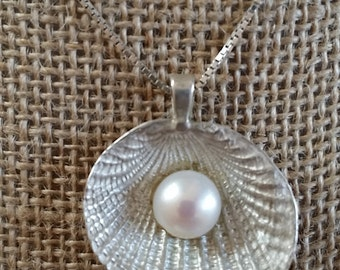 Casting, sterling silver shell, freshwater pearl, necklace, handmade.