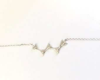 5 Triangle Unity Silver Necklace (15.5 - 17.5 in.)