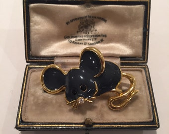 Vintage Enamel Mouse brooch, great piece