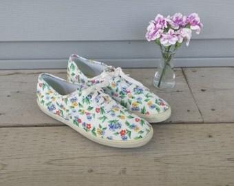 floral keds, flower keds, retro sneakers, keds sneakers, womens sneakers, floral sneakers, canvas sneakers, canvas keds, canvas shoes,