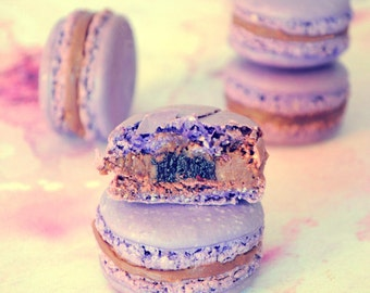 French Macaron Lavender and blueberries, edible French macarons made to order, 12 pieces macaron box, Artisan handmade gluten free cookie
