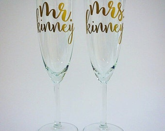 SALE !!!! Personalized Champagne Toasting Flutes