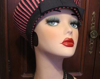 Adorable Vintage 60's Mod Avant Garde Style Fabulous Fun Funky Pink & Navy Blue Straw Tilt Pancake Style Toque Beret Hat
