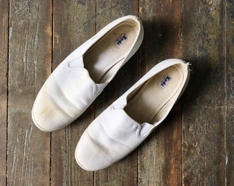 Vintage Classic White Favric Canvas Slipn On Sneakers Flats 8.5