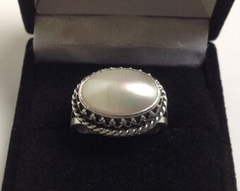 Nakai Navajo Sterling and Mother of Pearl Oval Vintage Ring