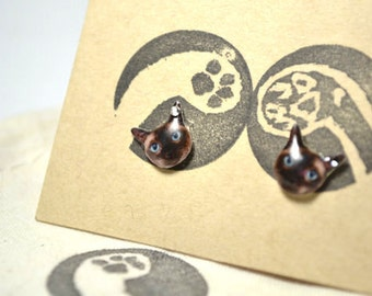 Siamese Cat surgical steel earrings with Swarovski Crystal, handmade Tiny Jewelry with linen cotton bag