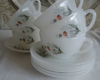 Espresso Arcopal Daisy, French Vintage Espresso Cups and Saucers, Small Opaque White Glass Coffee Cups,