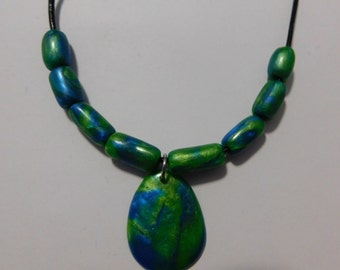 Blue and green tone necklace