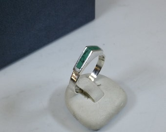18.5 mm designer 925 Silver ring with Malachite SR262