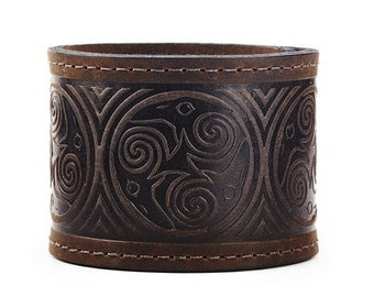 Nine Ravens - Leather Cuff Bracelet