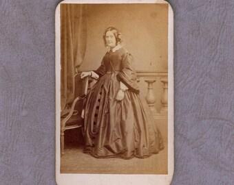 1860s, Carte de visite, Ireland, Glukman's, Woman in Victorian dress