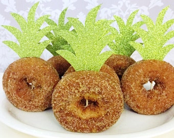 Pineapple Top Donut Toppers, Aloha Cupcake Toppers, Pineapple Baby Shower, Aloha Decor, Hawaiian Party Decor