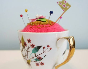 Ruth cupcake pin cushion