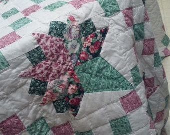 "Vintage QUEEN QUILT, 95"" x 102"", hand quilted by quilt guild. Homemade queen quilt, Patch quilt"