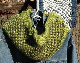 2 Color Bulky Knit Cowl