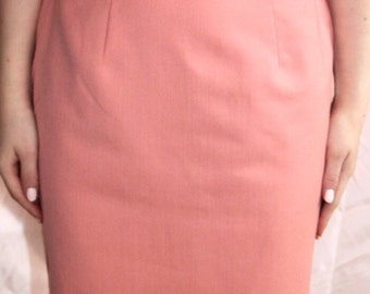 Peach pink 50s fitted pencil skirt (knee length)