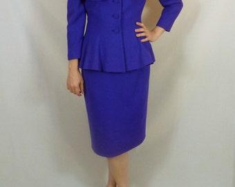 Vintage Lilli Ann suit/ 1970s does 1940s/ peplum skirt and jacket/ big collar/ purple suit /UK8 - 10 / US 4-6 / Eur 36-38