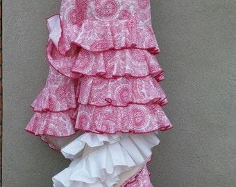 Pink Paisley Bata de Cola