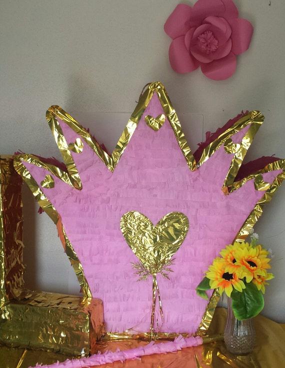 how to make a crown pinata