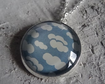 cloudy sky - cabochon necklace